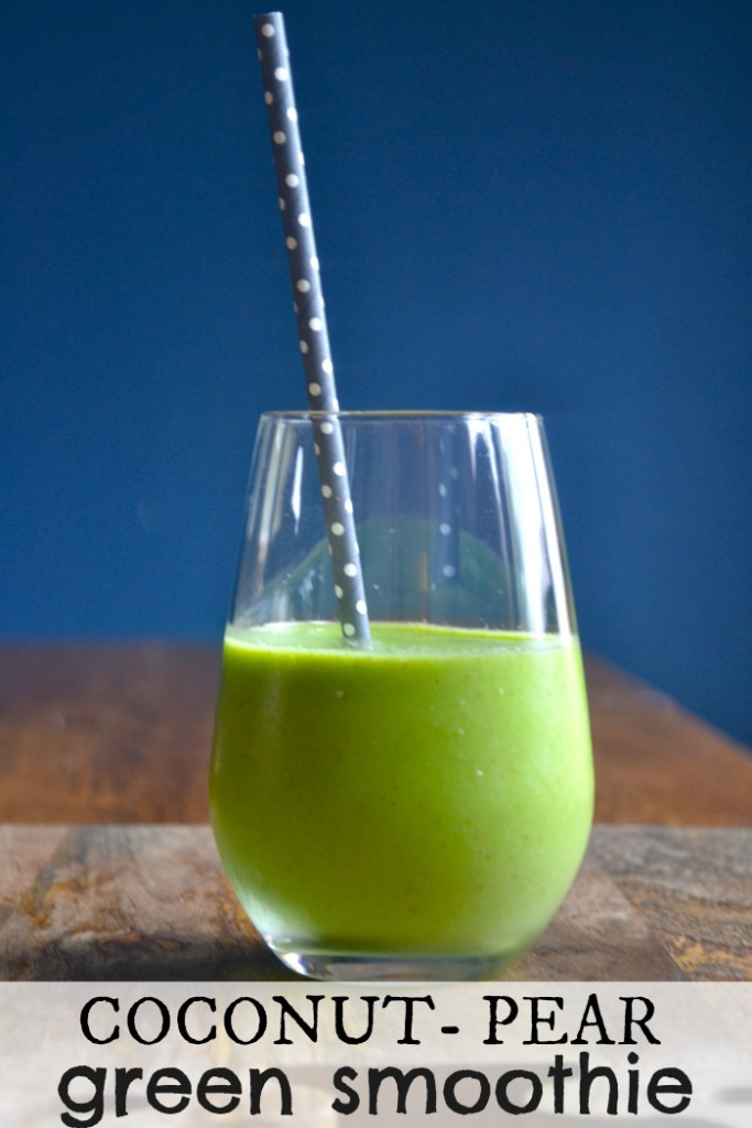 Coconut-Pear Green Smoothie