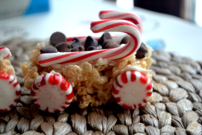 candy-cane-rice-krispies-trains